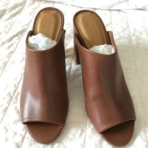 Kenneth Cole Reaction Mules